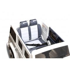 Audi Q7 voiture électrique enfant 12 Volts Noir métallisé avec télécommande parentale